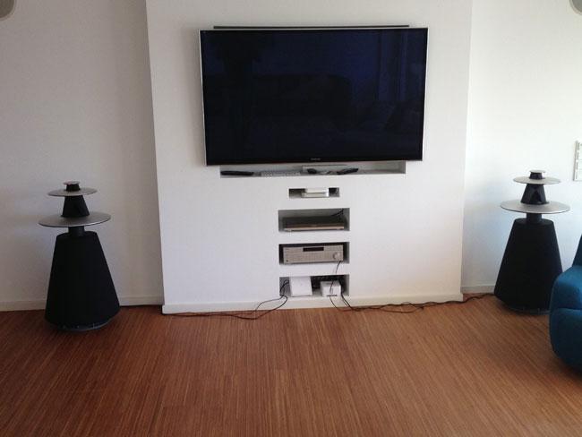 bang olufsen beolab 5 aktiv haupt stereolautsprecher mit icepower endstufen luxus und lifestyle. Black Bedroom Furniture Sets. Home Design Ideas